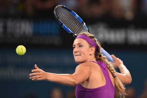 Azarenka trava percurso de Crawford e encara Kerber na final em Brisbane