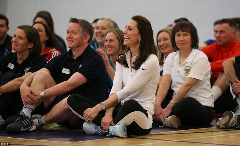 Kate Middleton recebe aula de ténis de Judy Murray