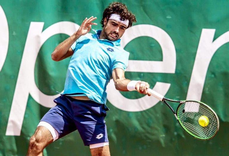 Frederico Silva defronta ex-top 50 mundial no regresso aos torneios ATP