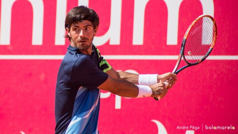 Quer ganhar uma raquete do Gastão Elias? Participe no passatempo!
