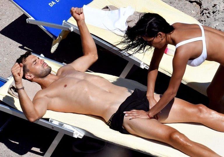 [Fotos] As férias escaldantes de Dimitrov com a cantora Nicole Scherzinger