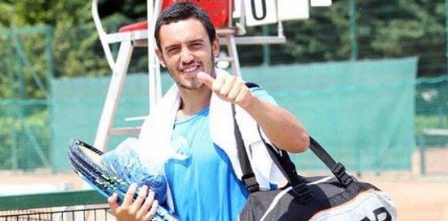 Gonçalo Oliveira apura-se para a final em Shenzhen e garante entrada inédita no top 100 ATP de pares