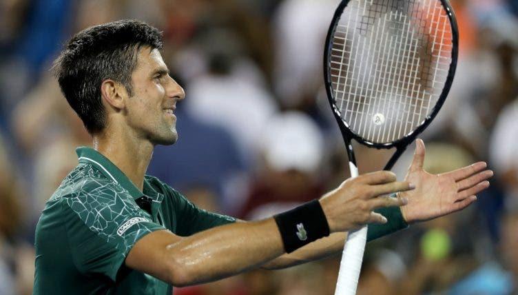 Djokovic apanha susto mas segue para os oitavos-de-final em Cincinnati