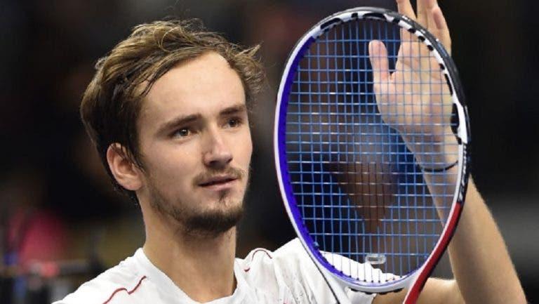 Campeão em título Medvedev desiste de Sydney após derrota na final em Brisbane