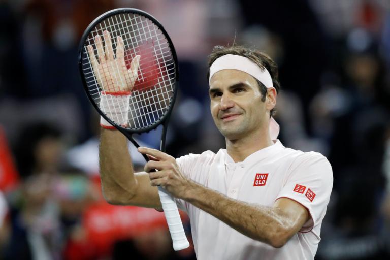 Federer volta a sofrer (muito) mas segue para os 'quartos' em Xangai