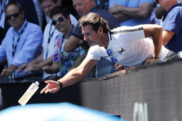 Oficial: treinadores já podem fazer coaching nas bancadas no circuito WTA