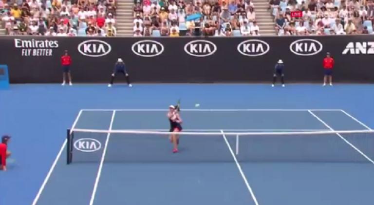 [VÍDEO] Jo Konta protagoniza o falhanço do torneio
