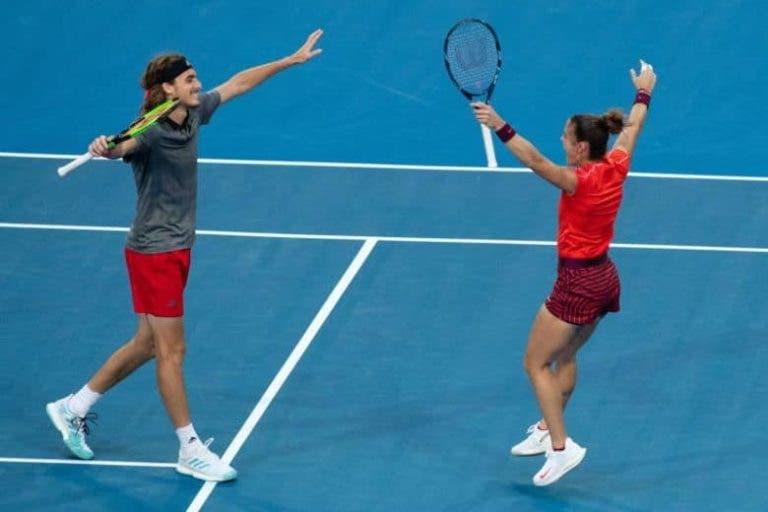 Tsitsipas e Sakkari derrotam Federer e Bencic no encontro decisivo de pares mistos