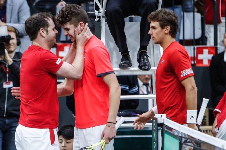 Sem Federer e Wawrinka, Luthi recorre a miúdo de 15 anos… e ganha encontro de pares frente à Rússia