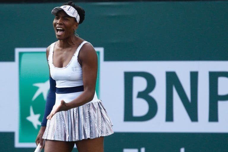 De set e dois breaks abaixo, Venus realiza recuperação épica e derrota Kvitova rumo à 3.ª ronda em Indian Wells