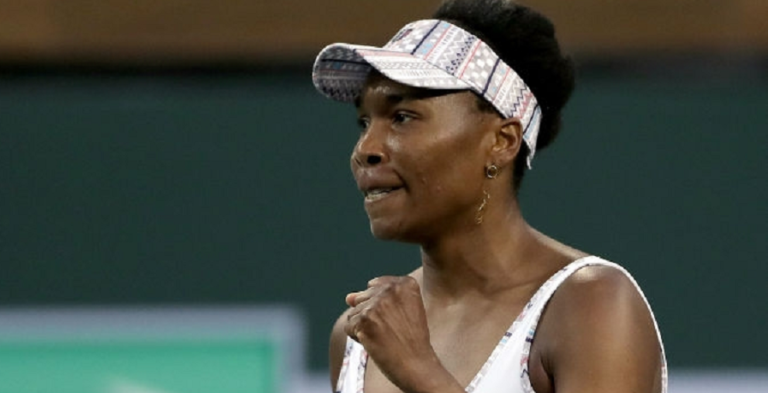 Mesmo limitada, Venus segue para a segunda ronda em Miami