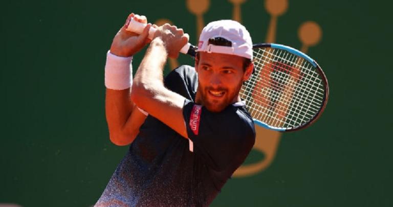 João Sousa eliminado de forma clara na 1.ª ronda de Roland Garros
