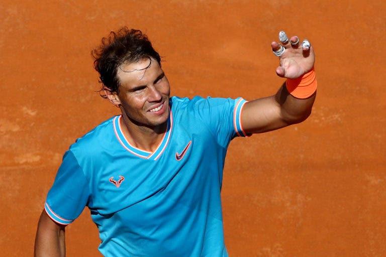 [VÍDEO] Desde Federer, Nadal, Kyrgios ou Dimitrov, os melhores pontos de Roma foram de arrasar