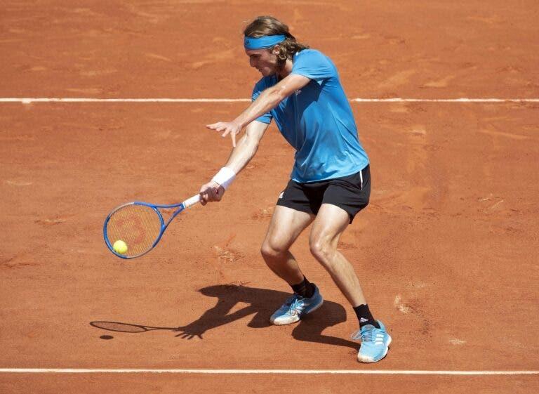 Tsitsipas não gostou do novo court de Roland Garros: «Falei com a direção para dizer que é muito lento»