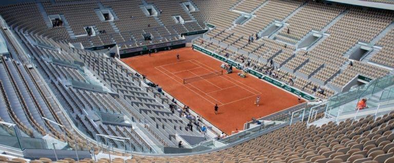 França manda fechar todos os clubes de ténis imediatamente