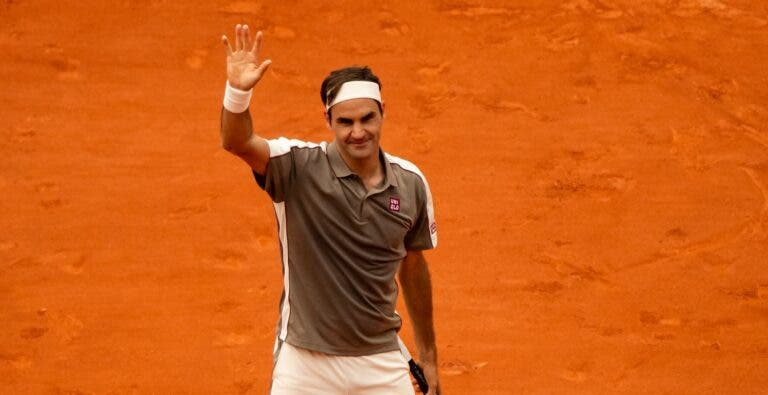 Federer despacha lucky loser alemão rumo à 3.ª ronda de Roland Garros