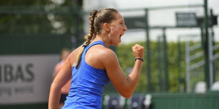 Há uma miúda de 16 (!) anos na 2.ª ronda de Roland Garros