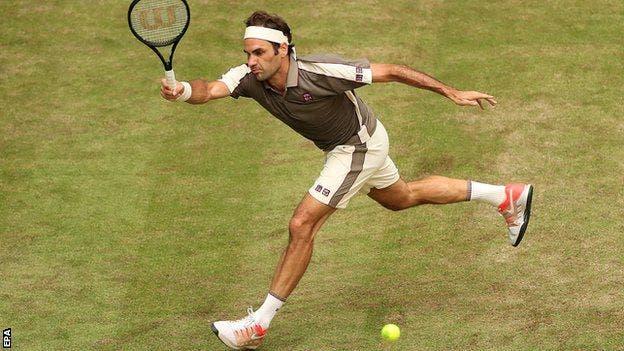 Federer: «Sinto em relva o que provavelmente sente o Nadal em terra batida»