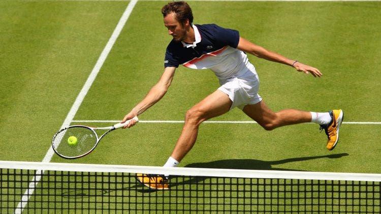 Cinco derrotas depois, Medvedev voltou às vitórias: «Todos têm altos e baixos excepto o Federer, Nadal e Djokovic»