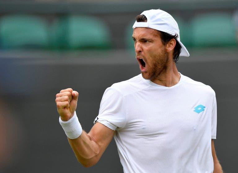 João Sousa defronta australiano na primeira ronda do US Open