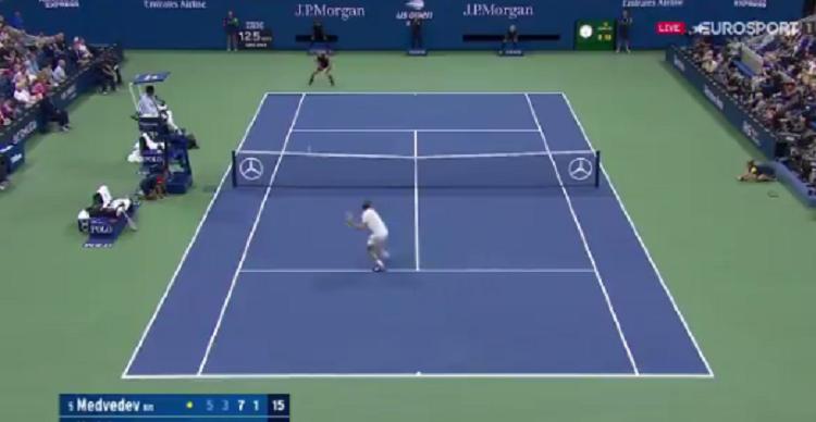 [VÍDEO] A final do US Open está boa e pontos como este provam-no