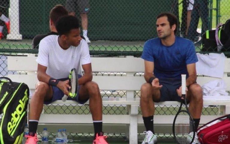 Aliassime: «Não há ninguém que coloque acima de Deus, mas claro que sou inspirado pelo Federer»