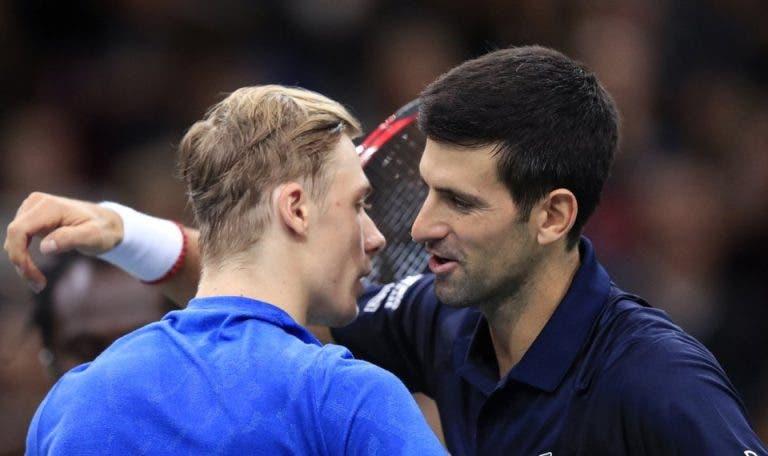 Shapovalov: «Era impossível ler o serviço do Djokovic, não mostrava nem uma mosca do que ia fazer»