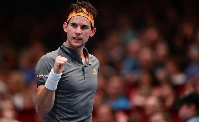 Thiem faz aquilo que só outros quatro jogadores conseguiram na história contra Federer
