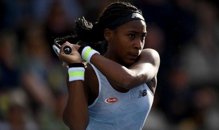 Gauff eliminada nos 'oitavos' de Auckland e falha possível duelo inédito com Serena