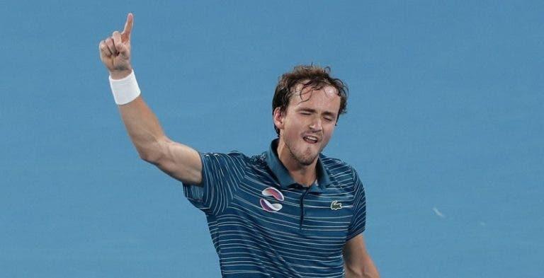 Medvedev 'rouba' número quatro mundial a Thiem por causa da ATP Cup