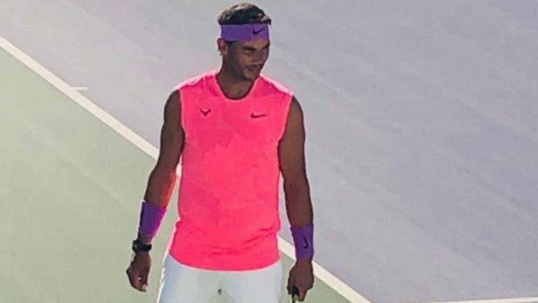 Nadal volta a ir a jogo sem mangas no Australian Open