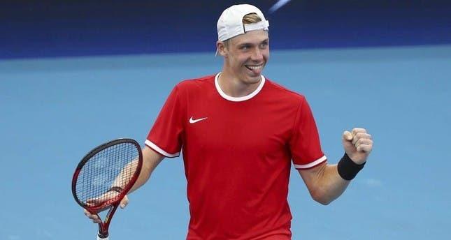 Shapovalov e a derrota com Djokovic: «Mostrei que posso competir com os melhores do mundo»