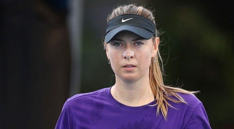 Sharapova e Stephens arrasam 'proibição' das senhoras jogarem no central de Brisbane devido à ATP Cup