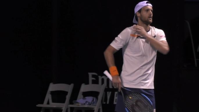 João Sousa ganha o seu primeiro set de 2020 mas perde na 1.ª ronda no Dubai