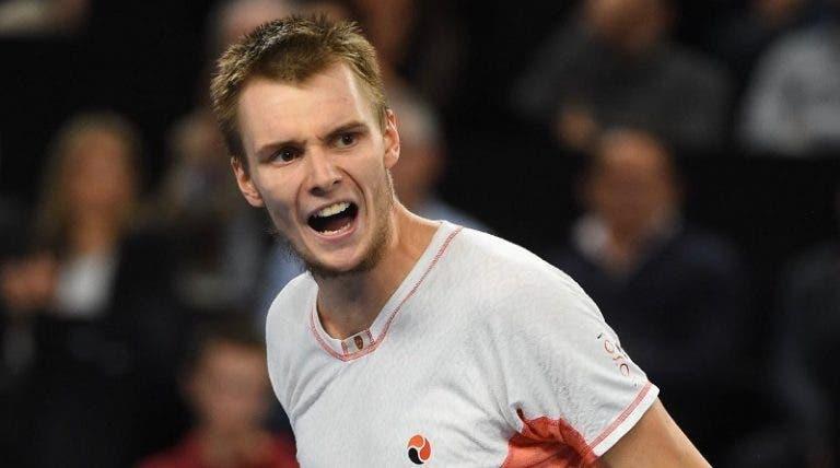 Bublik não gosta de ténis, mas joga muito: está nas 'meias' em Marselha