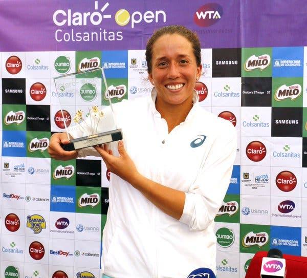Irina Falconi conquista primeiro título da carreira em Bogotá