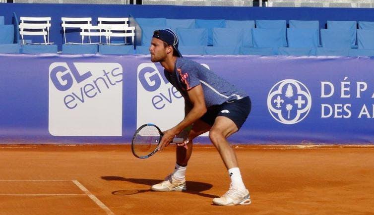João Sousa bate ex-promessa do ténis espanhol e ajuda a sua equipa a manter-se na 1.ª divisão