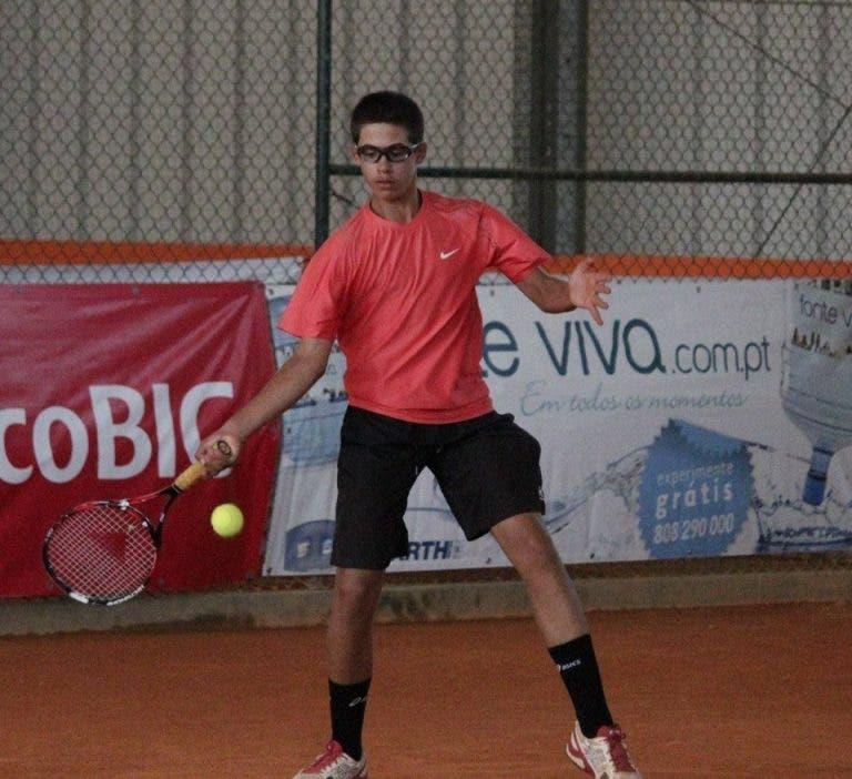 Derrota de Daniel Batista deixa torneio da Quinta do Lago sem portugueses em singulares