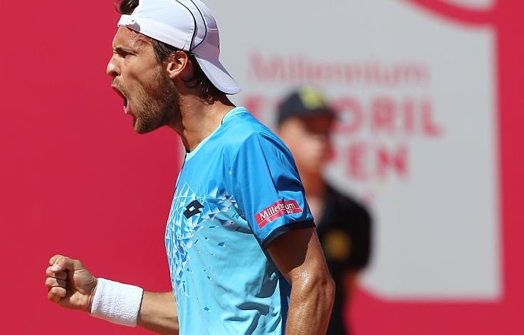 João Sousa ARRASA em Gstaad rumo aos quartos-de-final de um ATP pela QUARTA VEZ em 2017