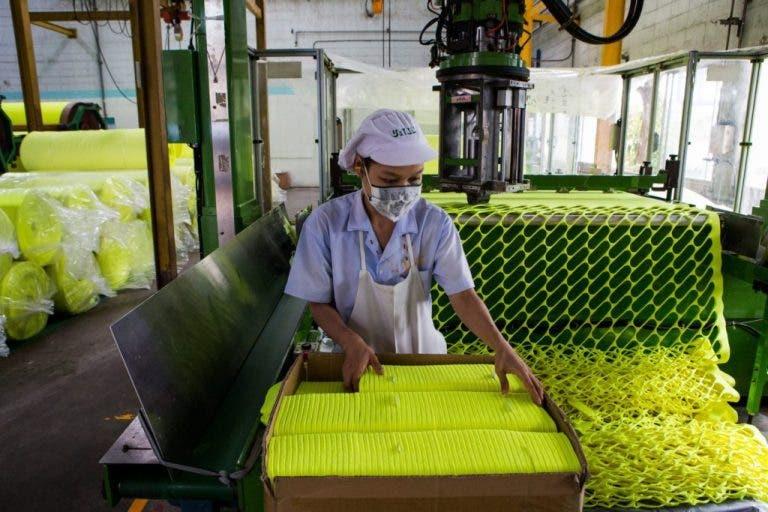Esta fábrica da Wilson produz 90 milhões de bolas de ténis por ano