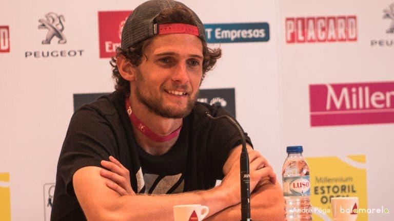 Pedro Sousa: «Vinha para jogar dois encontros e tive de lavar roupa duas vezes»