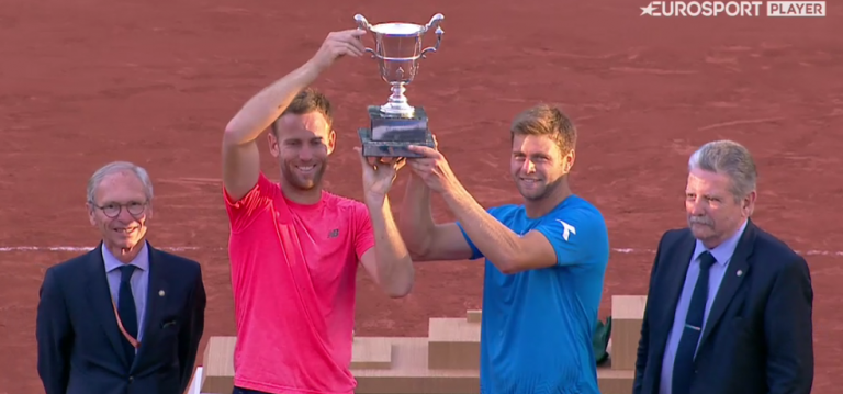 Do Estoril… para Paris. Harrison e Venus conquistam ROLAND GARROS