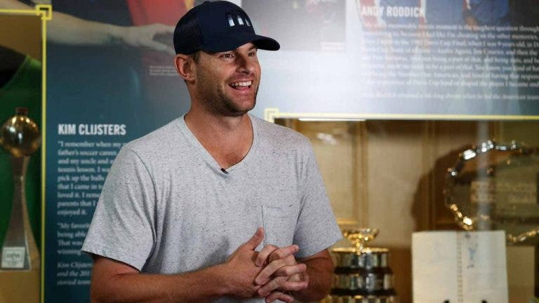 Roddick: «Adoro o Nadal. É incrível ver como ele se sacrificou»