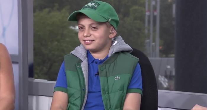 O inspirador miúdo que aceitou que o cancro lhe tirasse a perna mas jamais o ténis