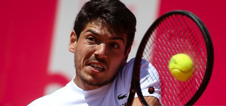 Domingues perde batalha e sai eliminado na primeira ronda do 'qualifying' do ATP 500 de Hamburgo