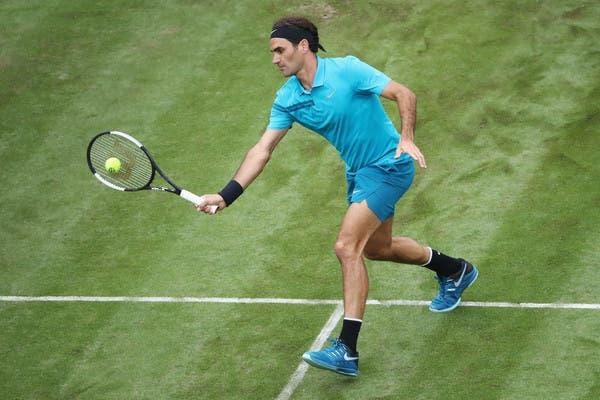 Federer vê chegar ao fim série de sets consecutivos em relva