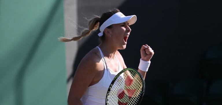 Belinda Bencic volta a sorrir em Wimbledon após mandar para casa mais uma top 10