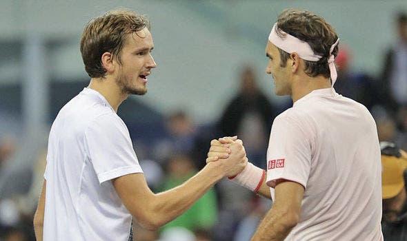 Falta uma vítima a Medvedev: «Tenho pena que Federer não esteja a jogar»