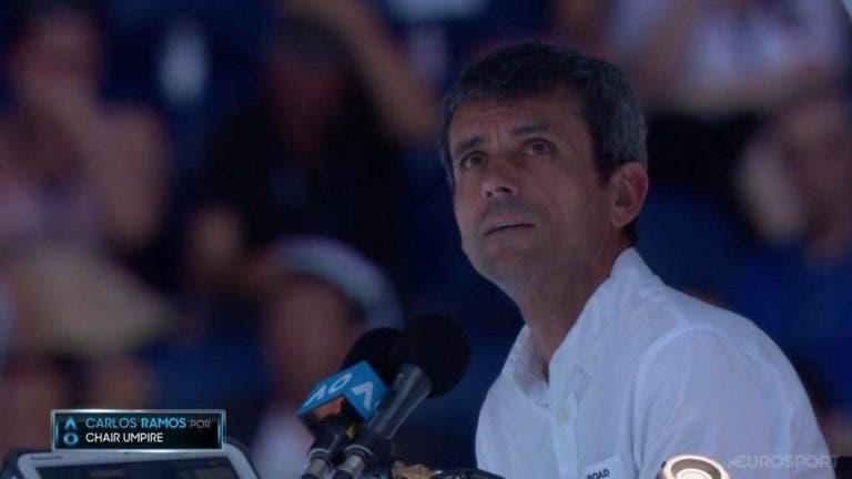 Carlos Ramos arbitra meia-final do Australian Open