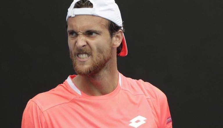 ATP 250 São Petersburgo: siga João Sousa vs Jozef Kovalik no nosso live center